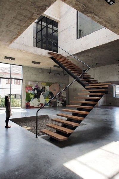 ¿Cuanto costaría hacer una casa como ésta, utilizando materiales de nivel medio?