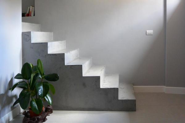 ¿Cuál sería el precio para hacer una escalera y piso de granito?