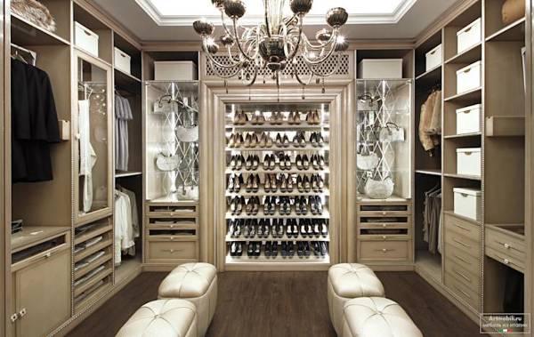 ¿Cuánto costarían construir unos closets iguales a éstos?