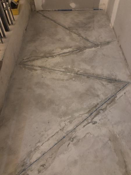 ¿Cómo arreglar micro cemento pulido?
