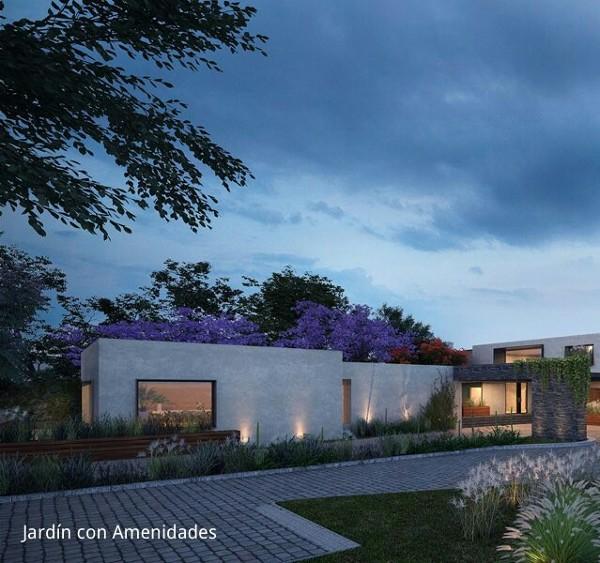 ¿podría construir una casa de 100 m2 y bardear terreno de 110 metros lineales con $325,000 mxn?