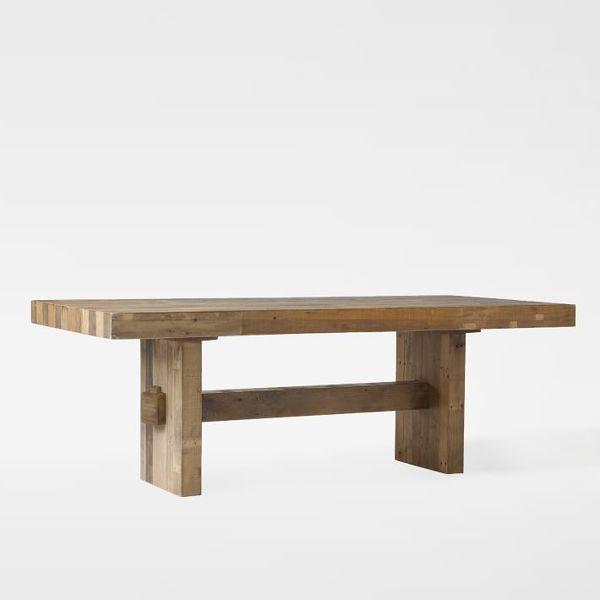 ¿Con qué tipo de sillas puedo complementar esta mesa de comedor?