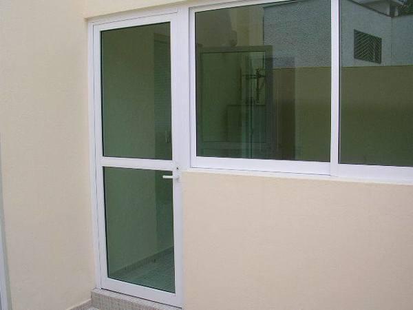 Qu precio tiene una puerta de aluminio de 80 2m for Puertas de calle aluminio precios
