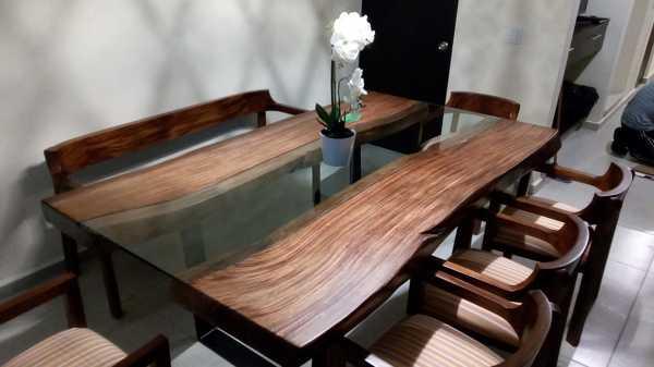 ¿Cuál es el precio de la mesa de comedor?
