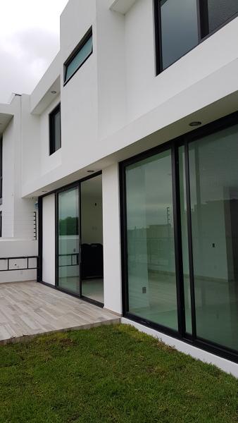 ¿Cuánto cuesta la instalación de dos ventanas?