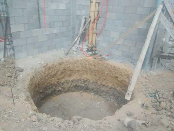 ¿Cómo puedo excavar para instalar una cisterna?