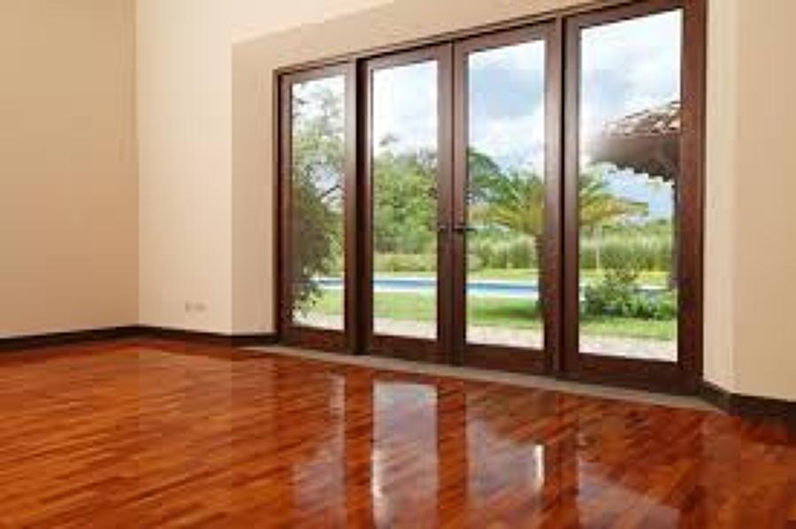 Un ventanal con puerta miguel hidalgo distrito federal for Puerta aluminio terraza