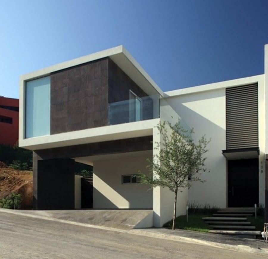 Ideas De Diseño De Jardines Residenciales: Casa Minimalista - Zacatecas (Zacatecas)