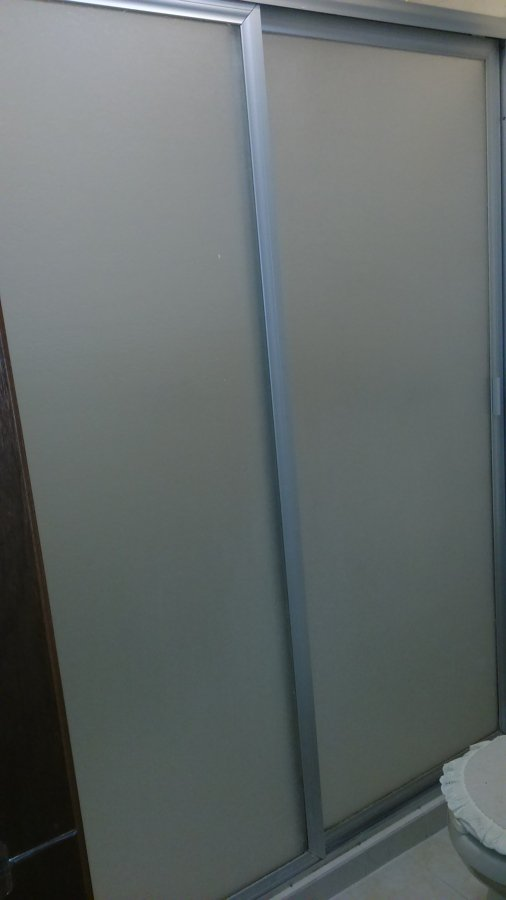 Puertas Para Baño En El Distrito Federal:Precio de Instalación de dos canceles para baño, con puertas de