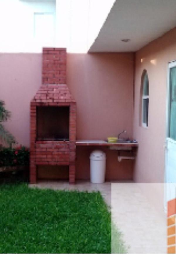 Construcci n de asador en patio saltillo coahuila for Asadores de jardin de ladrillo