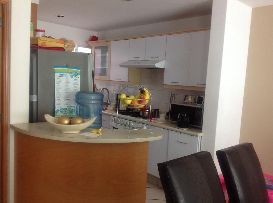 Remodelar mi cocina peque a cambiar de lugar la barra for Remodelar cocina integral