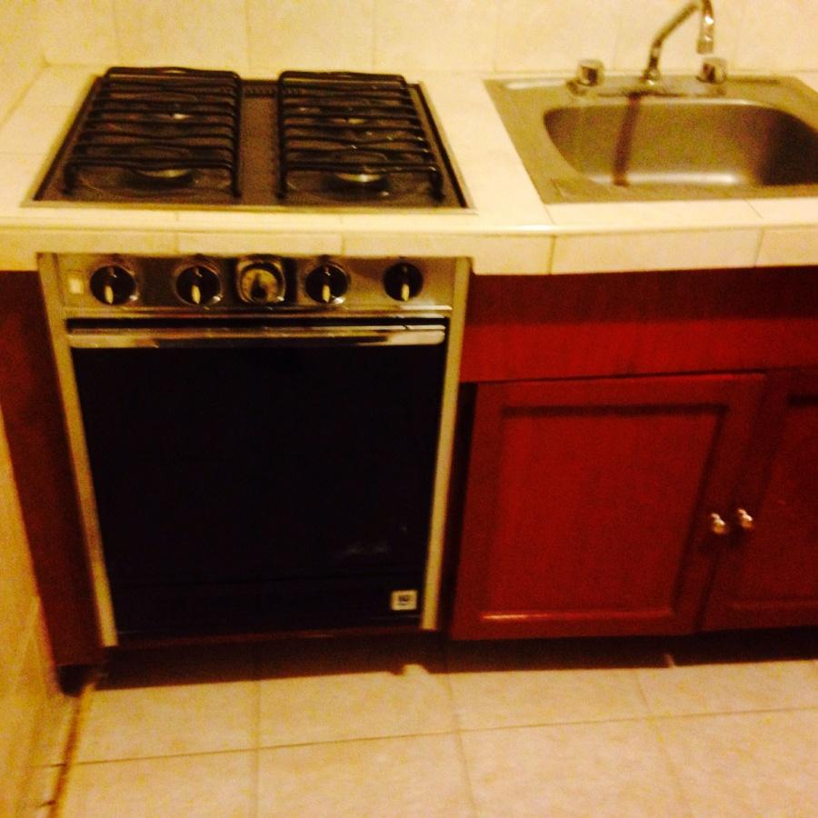 Remodelar una muy peque a cocina integral en escuadra for Remodelar cocina pequena