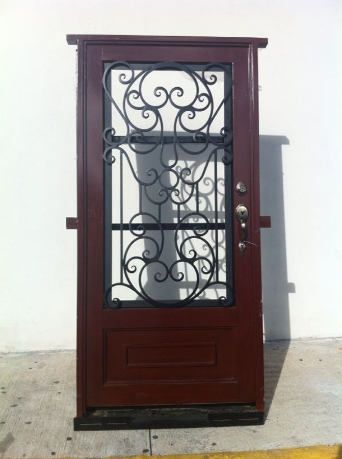 Puerta principal aguascalientes aguascalientes for Puertas principales de herreria elegantes