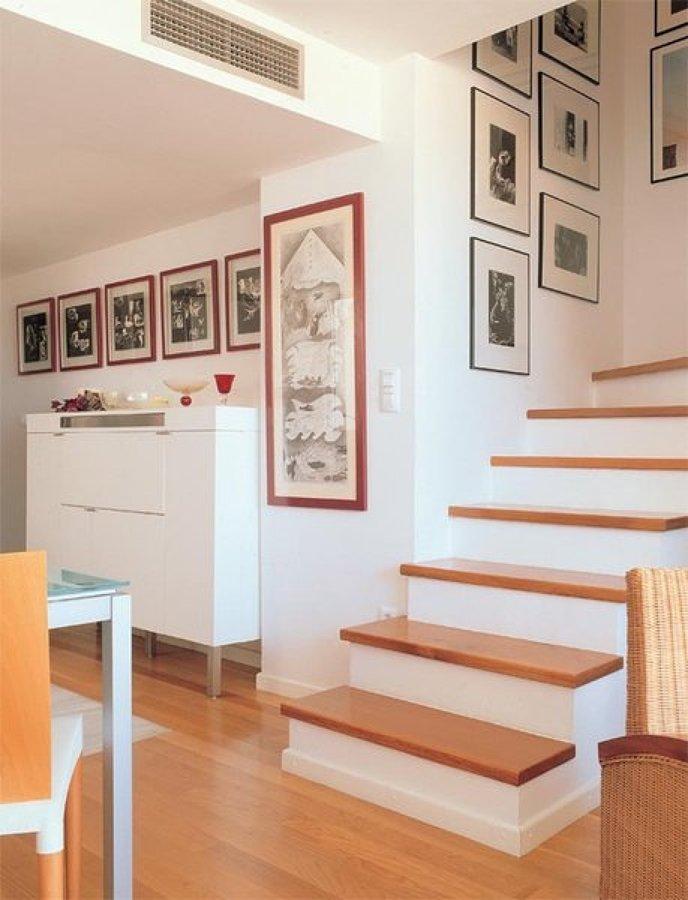 Forrar las escaleras de madera de pino o cedro tec mac for Escalera electricista madera