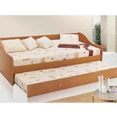 Estoy buscando un sofa con cama abajo rodante para mis for Sofa cama zaragoza