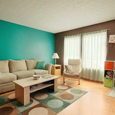 Pintar peque o espacio recamara convertida a sala for Ideas para pintar una recamara