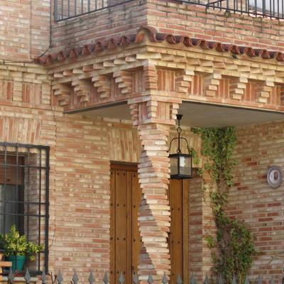 Construir columnas de ladrillo aparente tipo salom nico for Pilares y columnas