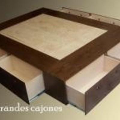 Crear un mueble base-cama con amplio espacio de cajones/cajoneras ...
