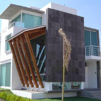 Construir casa de 3 niveles superficie del terrero 154 m2 for Construir casa precio m2