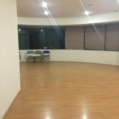 Decoraci n de interiores de un departamento de 163 m2 for Disenador de cocinas gratis
