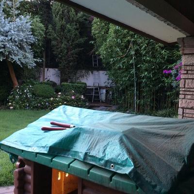 Jardinero para dar mantenimiento a jard n de casa for Jardinero en casa