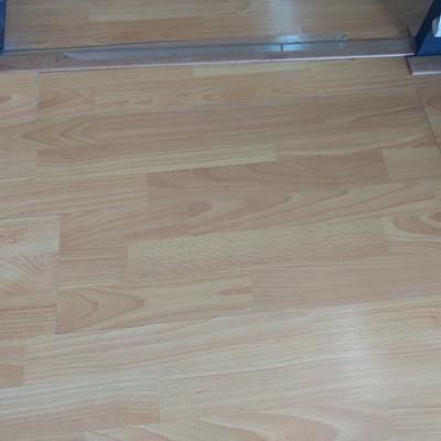 Cambio de piso laminado de 25 a 30 metros cuadrados - Piso 30 metros cuadrados ...