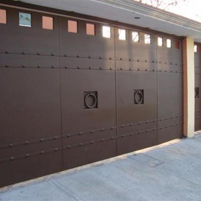 Hacer zagu n de acero inoxidable para una casa con puerta for Zaguan de casas modernas