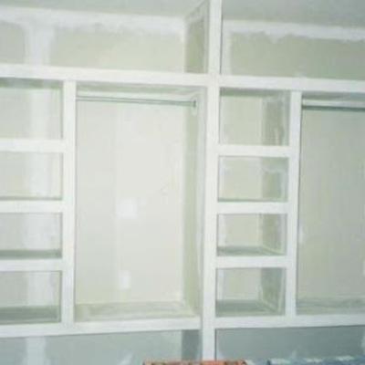 Closet de tabla roca en un muro de 4 x 2 20 aprox for Cuanto cuesta un closet de madera en mexico