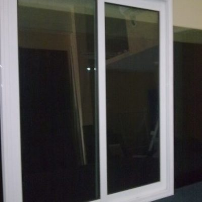 Compra e instalacion de ventanas de aluminio boca del for Instalacion de ventanas de aluminio