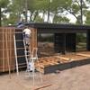 Casa prefabricada con local