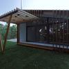 Construccion de una casa prefabricada similar a la foto