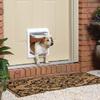Hacer un hoyo en una puerta para instalar una puerta de perro