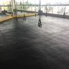 Instalación piso de gimnasio