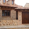 Proveer Cancel ventana de madera  2. 40 de ancho x 1. 30 de alto.