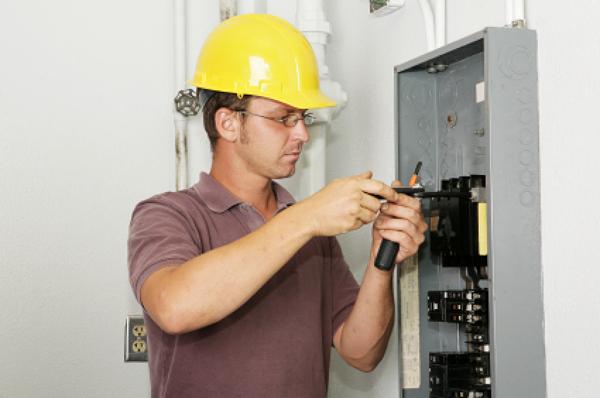 electricistas_32_62617